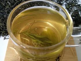 饭吃多了涨肚喝紫阳富硒茶能助消化吗