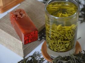 秋季适合喝紫阳富硒茶吗?