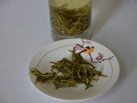 喝剩的茶叶不要浪费 还可用于保健
