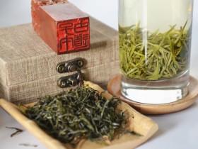 功能茶饮:绿茶冰糖饮治疗咽喉发炎