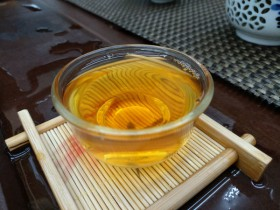 牛奶紫阳富硒红茶饮