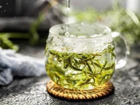 冲泡绿茶的两种方法和注意事项