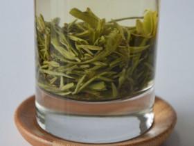 绿茶与其他种类的茶叶比有什么优势